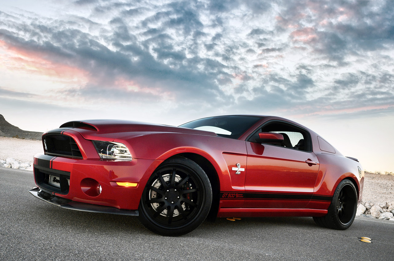 01-shelby-gt500-super-snake-widebody